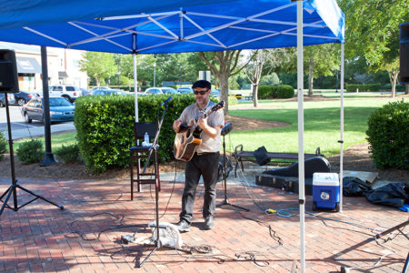 Music in the Village: Jon Shain